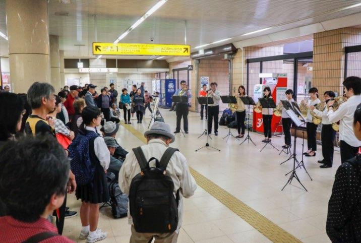 地下鉄駅コンサート